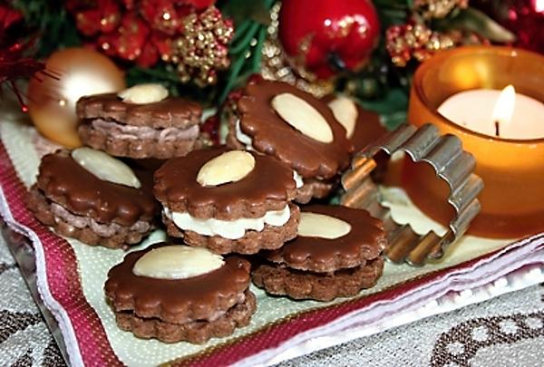 Recept : Kakaové dortíčky (Išelské)   ReceptyOnLine.cz - kuchařka, recepty  a inspirace