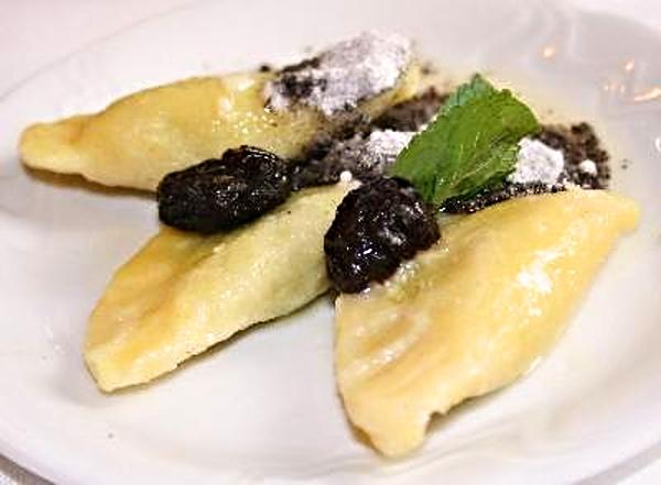 902cfb67d4 Recept   Povidlové taštičky z bramborového těsta