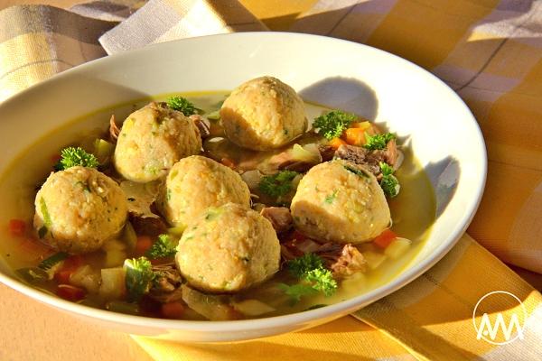 Recept : Knedlíčky do polévky z míchaných vajíček   ReceptyOnLine.cz -  kuchařka, recepty a inspirace
